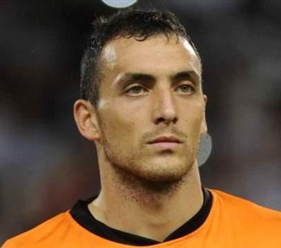 CALCIO, Il Cagliari cambia fisionomia, in porta arriva Brkic. E se arrivasse Osvaldo, in rotta con Mancini?