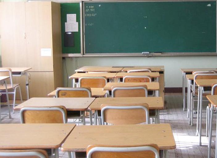 ISTRUZIONE, Lettera dell'assessore Firino ai Sindaci sul dimensionamento scolastico. Il testo integrale della missiva