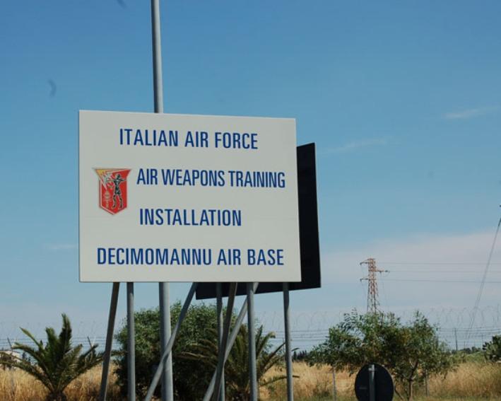 DECIMOMANNU, Approvato emendamento per passaggio agli Enti locali dei 58 lavoratori della base militare