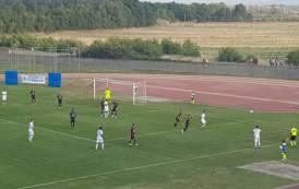 CALCIO, Sgambata infrasettimanale del Cagliari: 1-0 all'Olbia