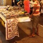 Cagliari: da anni nel commercio ambulante c'è chi può fare quello che vuole, basta che non sia italiano (Marco Verza)