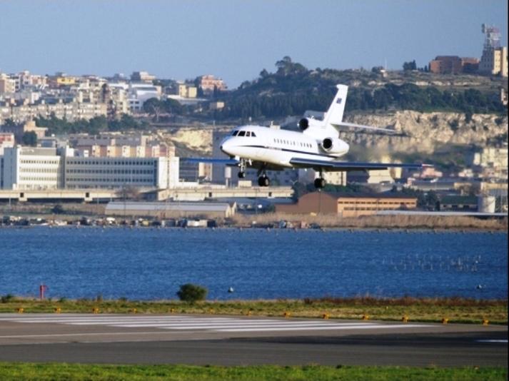 COCHISE, Continuità territoriale? Regalata ad Alitalia e Tirrenia: la colpa è sempre degli altri