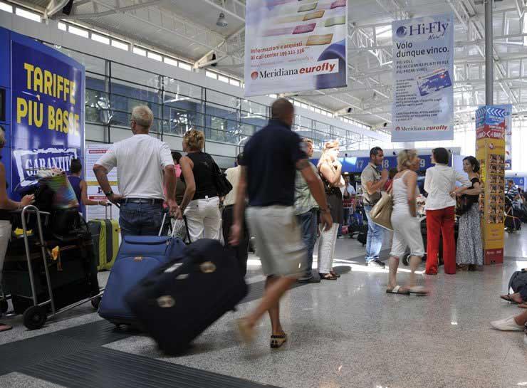 TRASPORTI, Sardegna competitiva nell'offerta aeroportuale per prezzi, ma non per combinazioni di viaggio