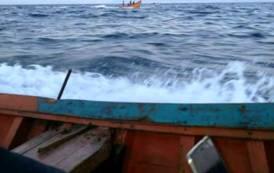 IMMIGRAZIONE, Naufragio a cinque miglia dlala costa sulla rotta Algeria-Sardegna: due morti e sei dispersi