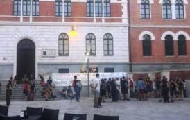 SALUSIO, Ancora minacce sui muri di Cagliari, ma gli 'antagonisti' fanno le vittime