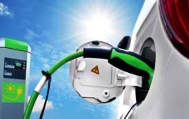 ENERGHIA, Imprese chiedono sgravi fiscali e minori costi energetici, Pigliaru propone auto elettrica