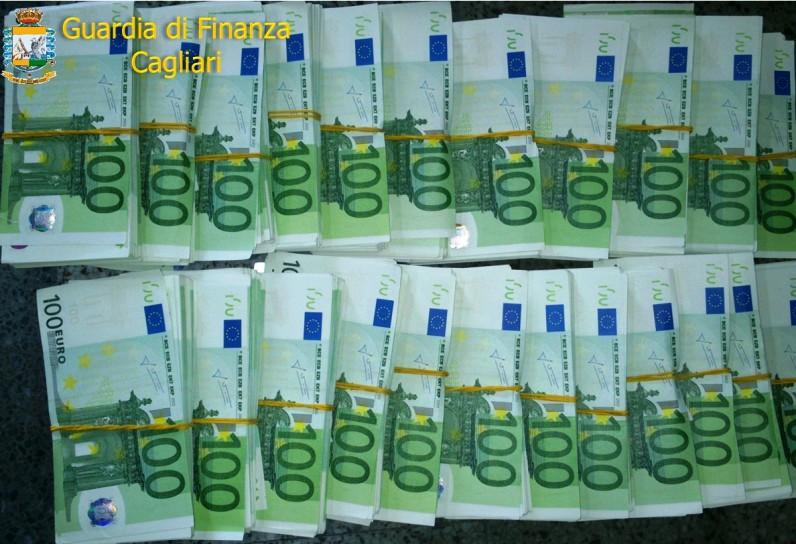 CAGLIARI, Sequestrati dalla Guardia di finanza 230.000 euro di banconote false