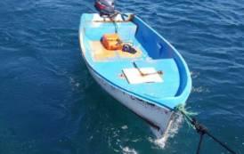 TEULADA, Durante fine settimana recuperati davanti al Poligono altri 14 algerini con due barchini in legno e vetroresina