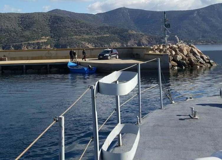 IMMIGRAZIONE, In poche ore sbarcano 68 algerini. Chiesto immediato rimpatrio dei clandestini