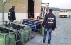 SARDEGNA, Sequestrati 652 chili di gpl in bombole nel Sulcis Iglesiente: denunciato il titolare del deposito
