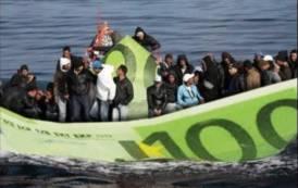 ARSENICO, Aiutino a chi avesse dubbi che a qualcuno l'emergenza immigrazione conviene