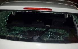 """CAGLIARI, Antifascisti contro militanti di CasaPound: """"Scritte minacciose, aggressione con mazze e pietre, auto danneggiata"""""""