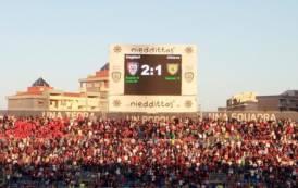 CALCIO, Continua la striscia positiva rossoblù: Cagliari-Chievo 2-1