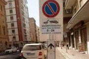 Cagliari: in centro città 3 giorni consecutivi senza parcheggi per rifare la segnaletica (Vincenzo Manos)