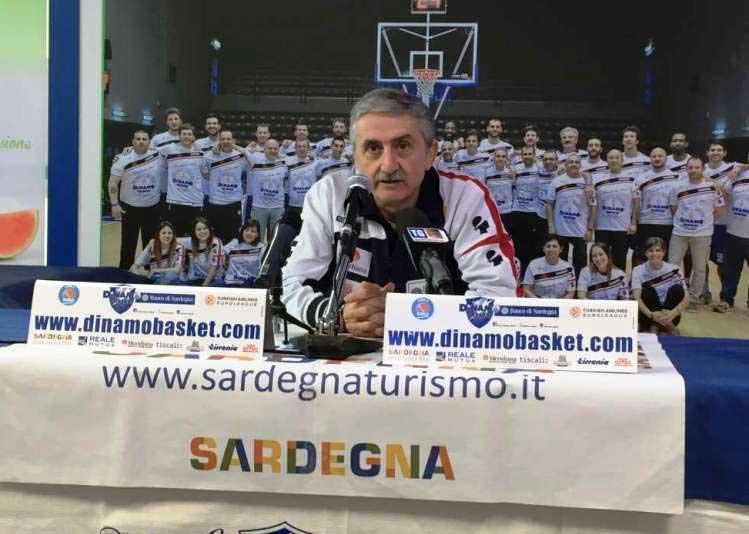 PALLACANESTRO, Dopo il ko casalingo contro Bologna (85-91), il coach della Dinamo Sassari presenta le dimissioni