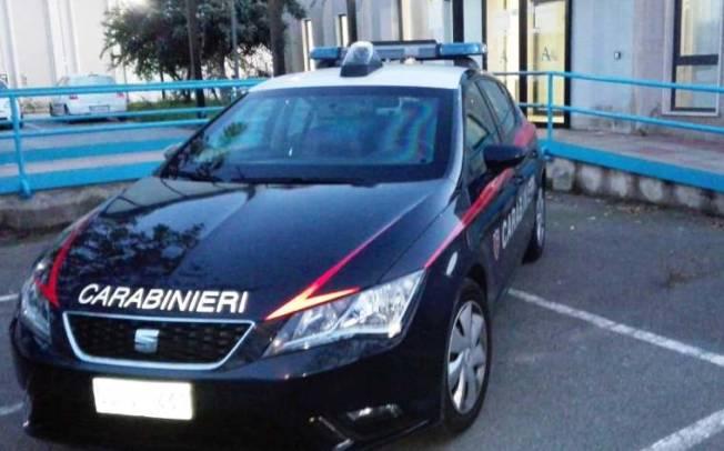 CAGLIARI, Ubriaco danneggia uffici Abbanoa: 56enne fermato dai carabinieri