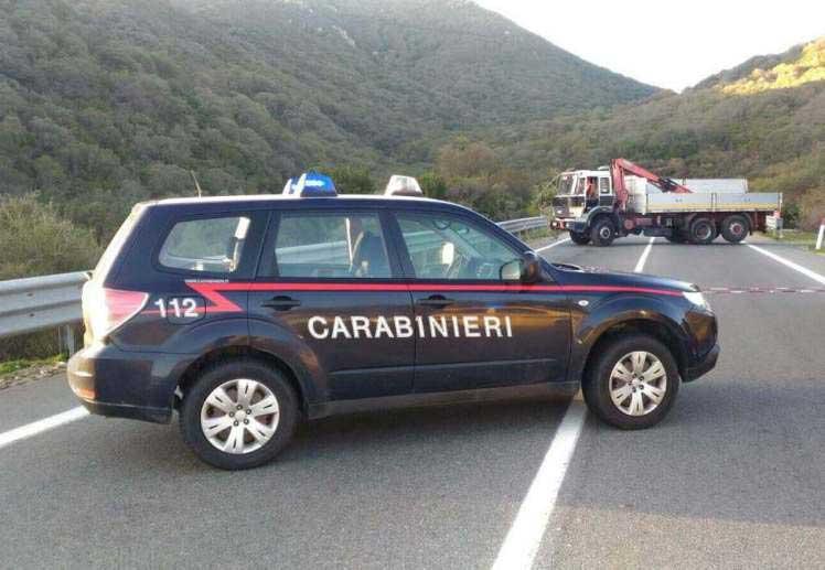 Assalto al portavalori diretto a Cagliari sull'Orientale, i banditi sparano sui vigilantes