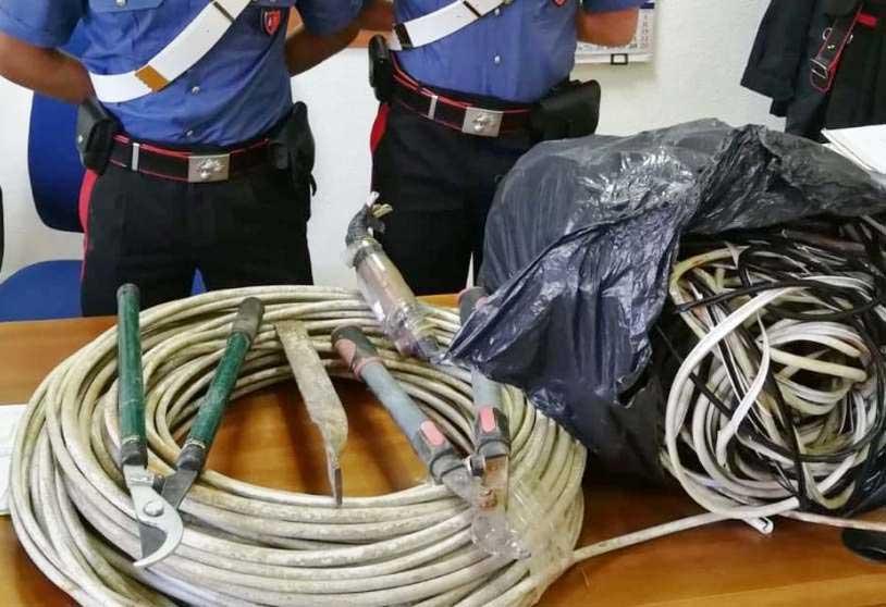 SENORBI', Sorpresi mentre rubano cavi elettrici dell'illuminazione pubblica: arrestati tre rom ed un 37enne di Uta