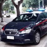 CAGLIARI, Spacciava hashish in piazza del Carmine, poi si scaglia contro i carabinieri: arrestato 19enne pregiudicato del Gambia
