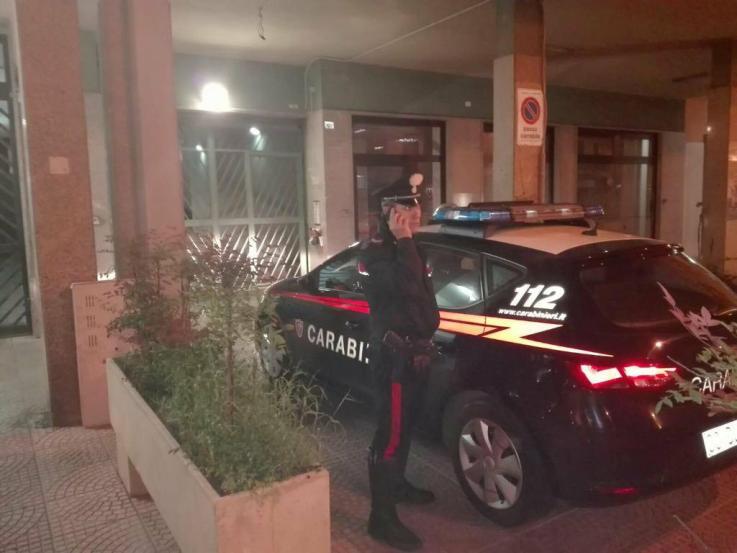 Cagliari, tenta il furto ma precipita dal terzo piano