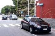 CAGLIARI, Lascia figlia di 3 anni in auto per andare a giocare con le slot machine: denunciato cuoco albanese