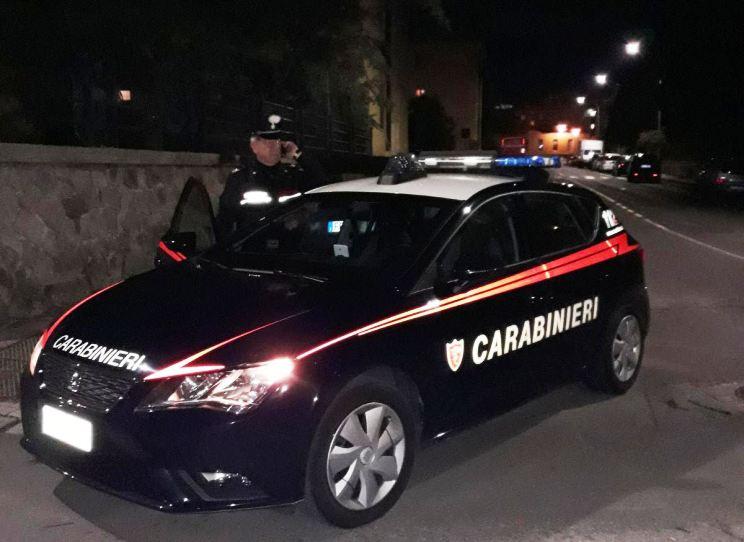 ELMAS, Contro il guardrail affrontando una rotonda: morto un motociclista in via Nervi