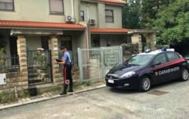 CARBONIA, Aggredisce e minaccia i genitori: arrestato 32enne