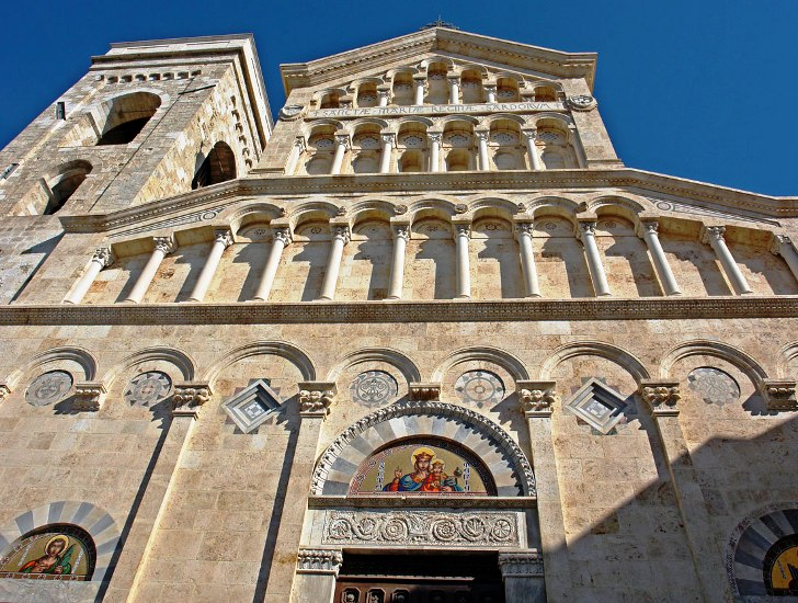 ZACCHEO, Il 'prorogato' vescovo Miglio vuole modificare la Cattedrale in gran segreto