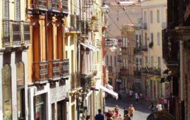 Le vie dello shopping di Cagliari sono troppo sporche (Renato Bertola)