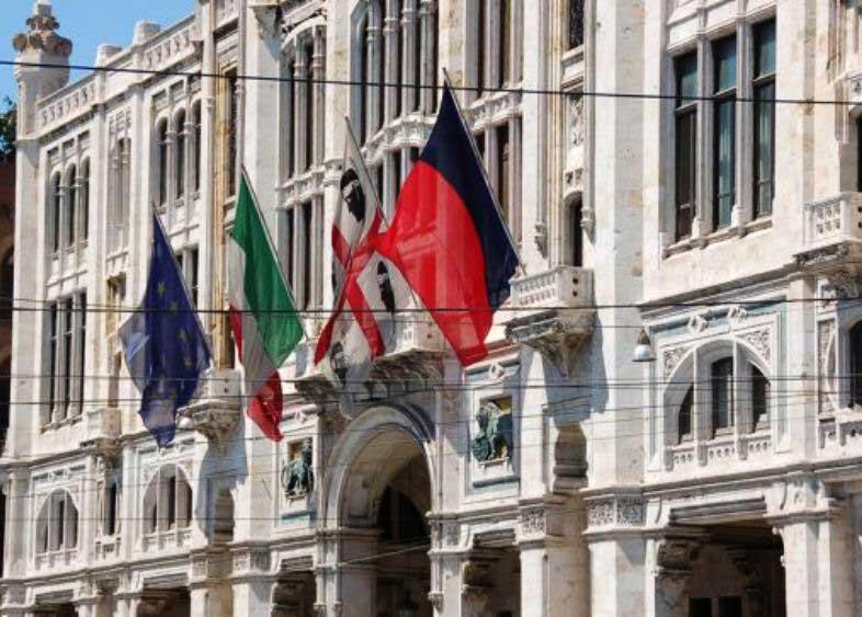 Comune_Cagliari_bandiere