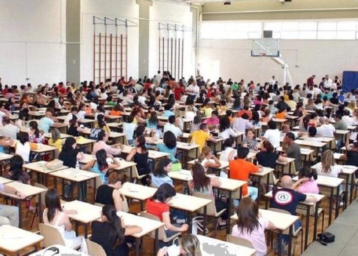Concorso docenti: prove d'esame fuori Sardegna (Una docente indecisa)