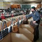 ELMAS, Sequestrati 1.523 prodotti di pelletteria contraffatti: denunciato il titolare