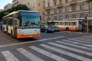 CAGLIARI, Minacciavano con una siringa passeggeri di un bus Ctm: arrestati due uomini