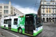 CAGLIARI, Autista Ctm sviene, bus colpisce guardrail, passeggero si pone alla guida e ferma il mezzo