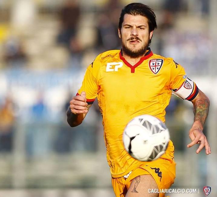 CALCIO, Per il Cagliari peggior partita della stagione, non solo per la pesante sconfitta (0-4). Grave infortunio per capitan Dessena