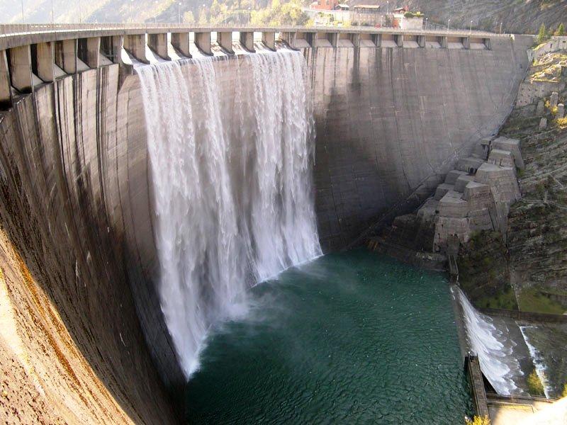 REGIONE, Dopo anni di scontri, proposta dell'Enel per la gestione delle dighe e degli impianti di produzione energia