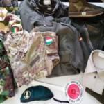 CAGLIARI, Negozio privo di licenza per vendere articoli militari: sequestrati 239 capi, denunciato il titolare
