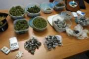 CAGLIARI, Spacciava hashish e marijuana a Sant'Elia: arrestato 16enne