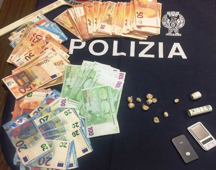 SASSARI, Fermato con eroina, aveva a casa 8.200 euro: arrestato 28enne nigeriano