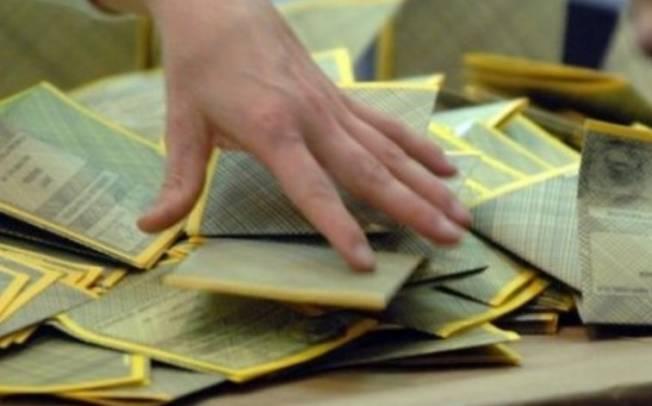 IL CONTE,  Il 'voto a perdere' protagonista delle elezioni regionali sarde