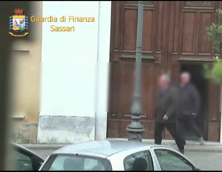 SASSARI, Scoperti 7 dipendenti assenteisti dell'Ente foreste: cinque sospesi dal lavoro (VIDEO)