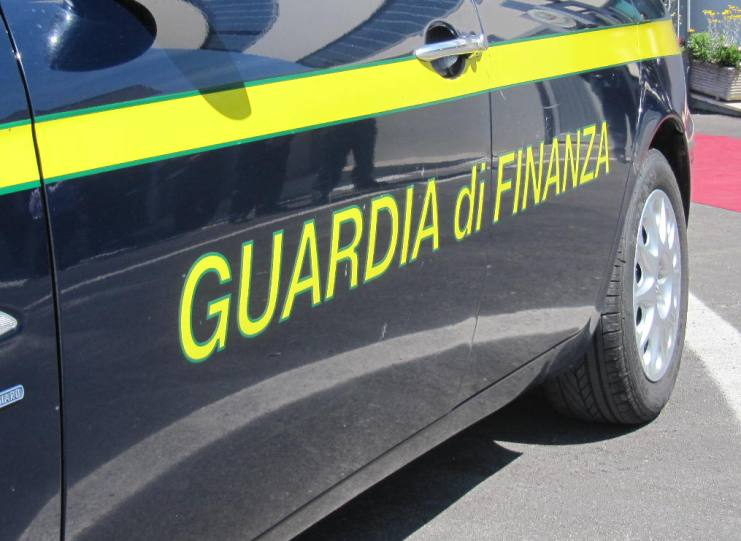ARZACHENA, Assenteismo ed abusi per mesi: obbligo di firma per Comandante della Polizia Locale (VIDEO)