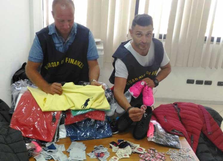OLBIA, Abusivismo commerciale: sequestrati oltre 2.000 articoli contraffatti e denunciate tre persone
