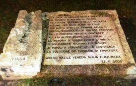 CAGLIARI, CasaPound ripulisce la lapide in memoria dei Martiri delle Foibe, deturpata con la vernice rossa