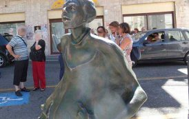 Grazia Deledda è patrimonio di tutti. Sulla statua facciamo decidere la città (Pierluigi Saiu)