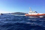 LA MADDALENA, Le IMMAGINI del recupero della barca affondata a Ferragosto. A bordo la carcassa del cane disperso