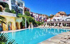 PORTO CERVO, Pagavano vacanza in Costa Smeralda con carte di credito clonate: denunciati per truffa due giovani
