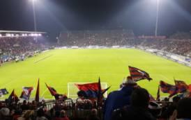 CALCIO, Il Cagliari si sgonfia e viene punito dagli assi dell'Inter (1-3)