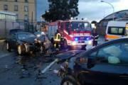 CAGLIARI, Scontro frontale in viale La Plaia: 47enne di Quartu Sant'Elena in ospedale