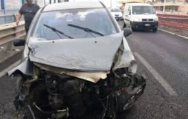 CAGLIARI, Perde controllo dell'auto nell'Asse mediano e si schianta sul guardrail: 45enne di Quartucciu al Pronto soccorso